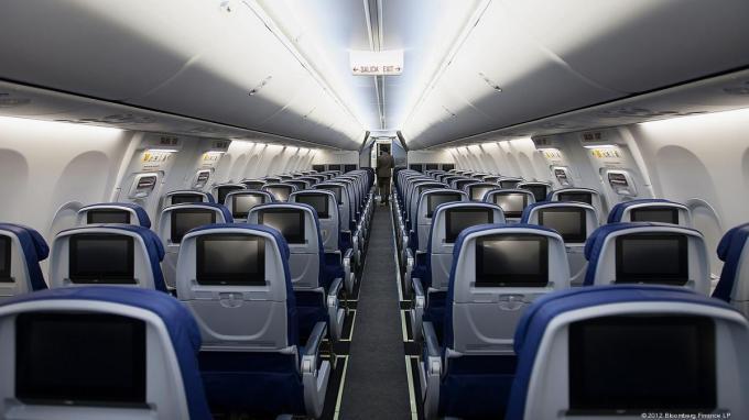 airplane-interior-1200xx3000-1688-0-183
